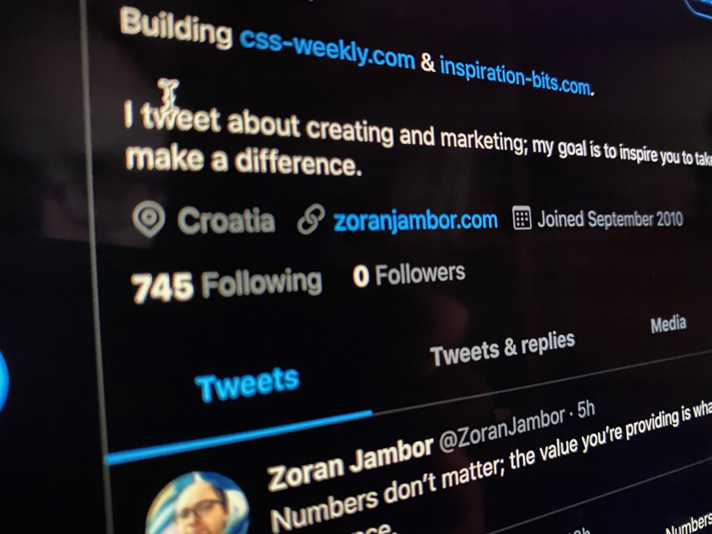 Zoran Jambor's Twitter profile page with zero followers.
